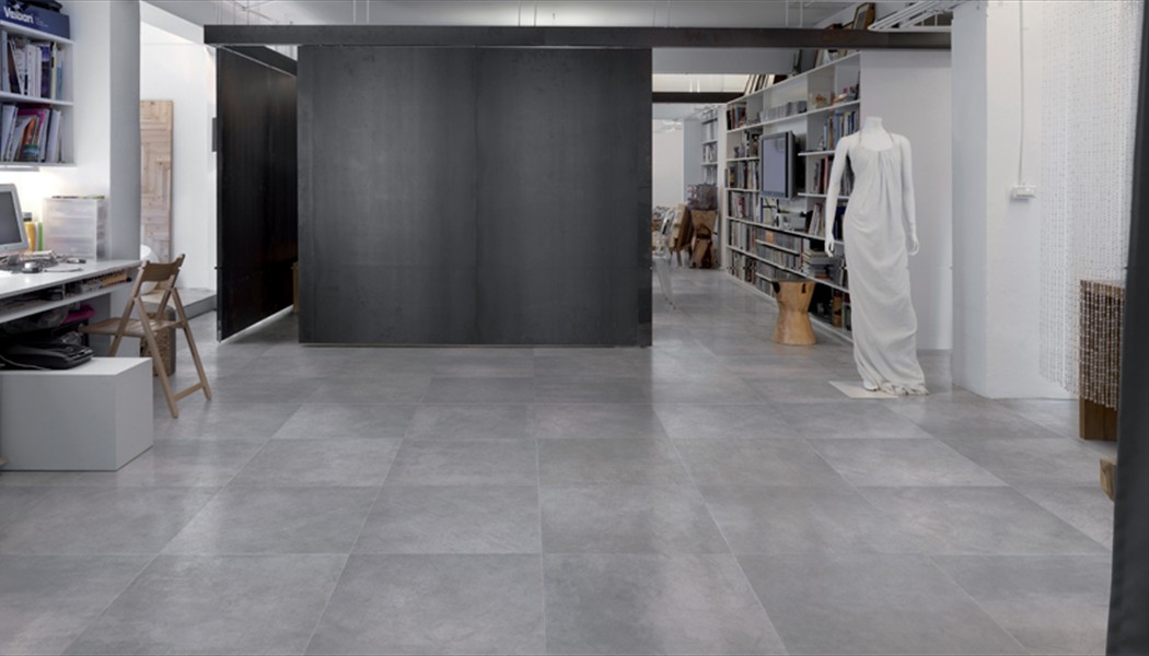 Carrelage aspect beton patine graffiti porto venere for Carrelage 90x90 gris