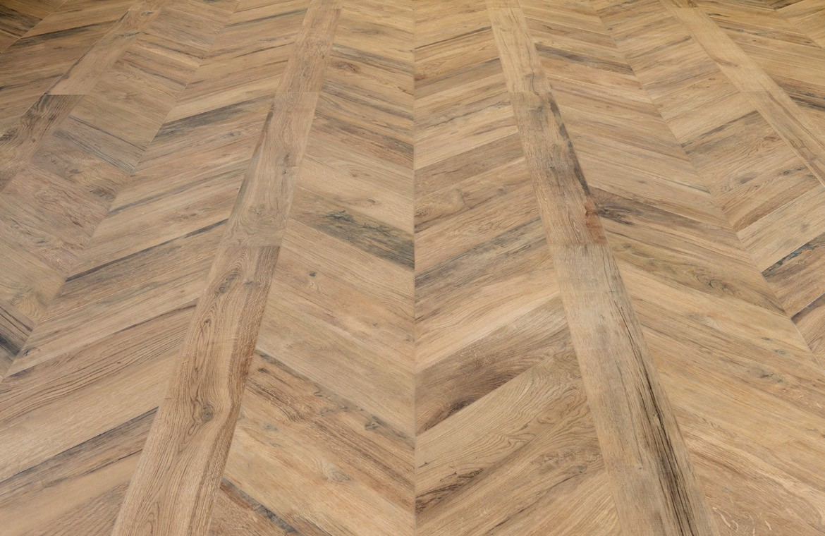 Photo carrelage imitation parquet maison design for Carrelage imitation parquet