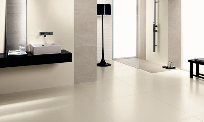 carrelage de salle de bain faible paisseur kerlite absolute white porto venere. Black Bedroom Furniture Sets. Home Design Ideas